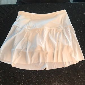 Lululemon White Skirt 6T
